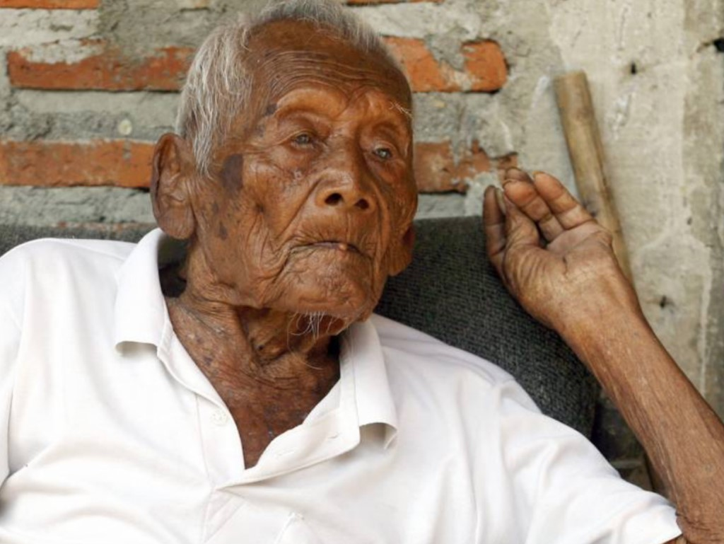 самый старый человек фотография кении была заселена