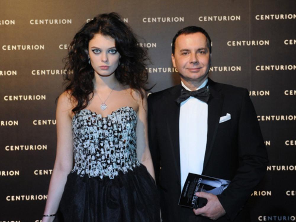 топ менеджер лукойла валентин иванов фото строгие модели