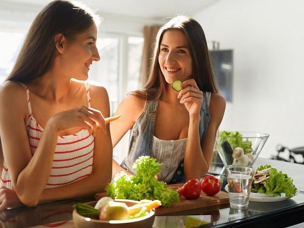 5 вещей, которые нельзя делать сразу после еды | NewsBuzz
