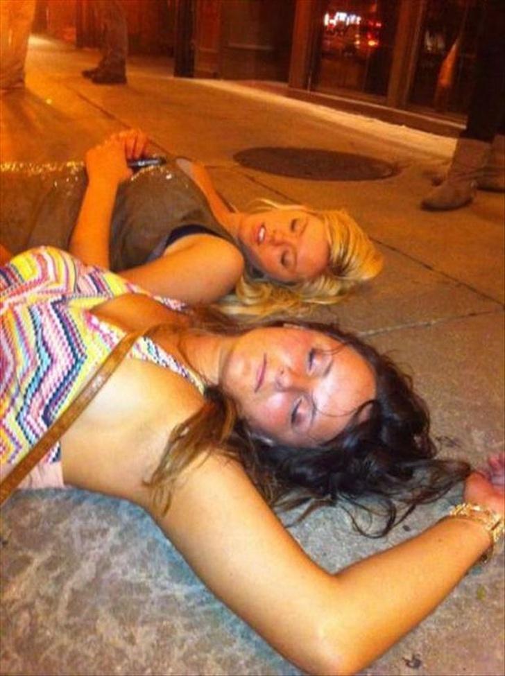 общагах студенты пьяная после денса захотелось