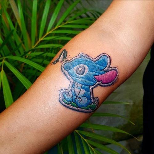 «Вышитые» татуировки: у модников новый необычный тренд. Фото